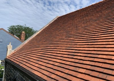 A tile roof in the St. Louis area.